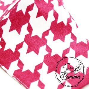 pink checkered face mask
