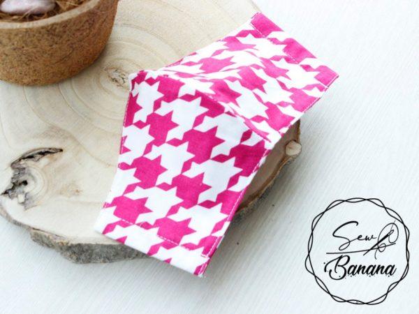 pink checkered mask