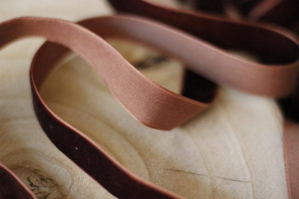 velvet ribbon rum raisin 1,7 cm