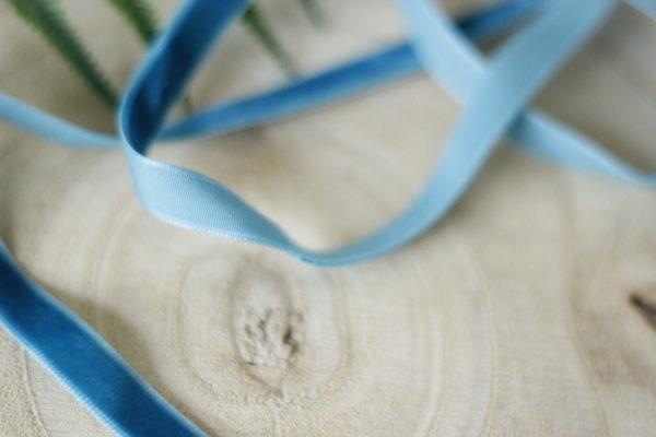 Biscay Bay 1cm velvelt ribbon