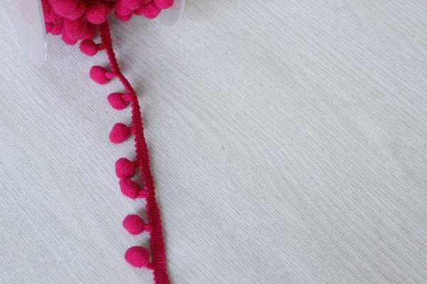 Pink Flambé pom pom